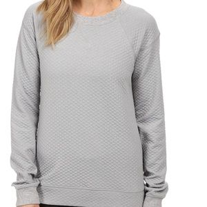 Lucy quilted pullover gray